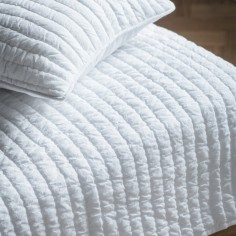 Linear Quilted Bedspread in White