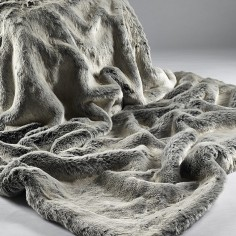 Alaska Fox Large Throw